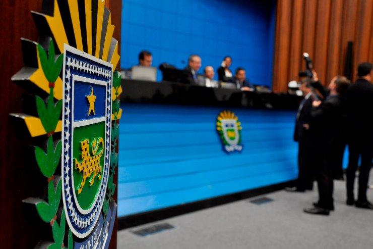Imagem: Plenário da Assembleia Legislativa de Mato Grosso do Sul; deputados devem votar cinco projetos hoje