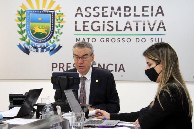 Assembleia Legislativa de Mato Grosso do Sul - Mesa Diretora publica normas  a deputados e servidores relativas ao período e...