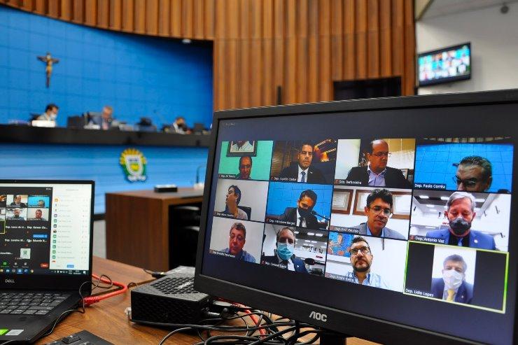 Imagem: Deputados começam a analisar a proposta da lei de diretrizes orçamentárias para 2022, podendo propor emendas
